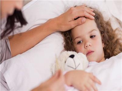 صحة طفلك.. علامات تدل على أن ابنك يعاني من نقص المناعة