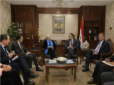 وزير السياحة والآثار يستقبل وفد الصداقة الفرنسية المصرية