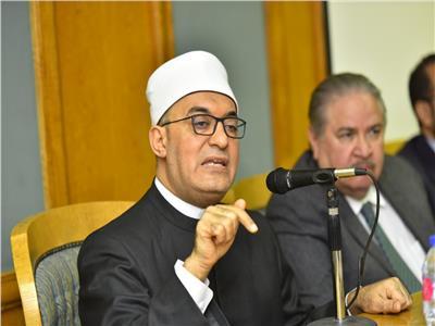 الدكتور نظير عياد