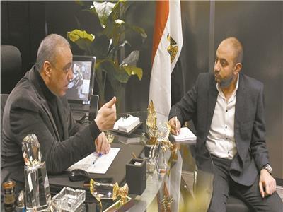المستشار التنفيذي لبوابة العمرة مع محرر بوابة اخبار اليوم