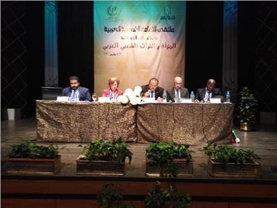 خلال فعاليات ملتقى المرأة والتراث الشعبي