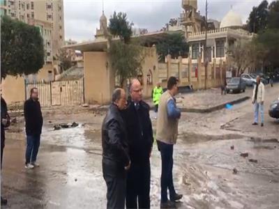 وزير التنمية المحلية ومحافظ القاهرة يتابعان شفط مياه أمطار «منخفض التنين»