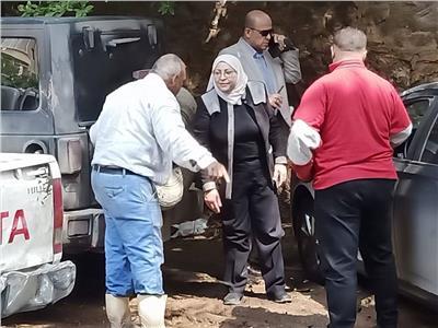 نائبة محافظ القاهرة تتابع شفط مياه الأمطار بطرة ودار السلام