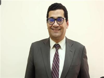 الدكتور أحمد علي سليمان