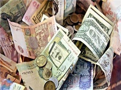 تباين أسعار العملات العربية والريال السعودي يسجل 4.15 جنيه