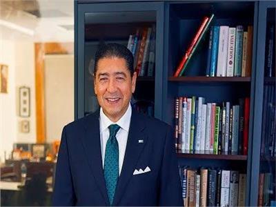 هشام عز العرب رئيس البنك