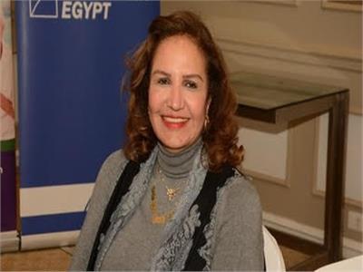 الدكتورة زينب الغزالي رئيس لجنة المرأة بالجمعية المصرية اللبنانية لرجال الأعمال
