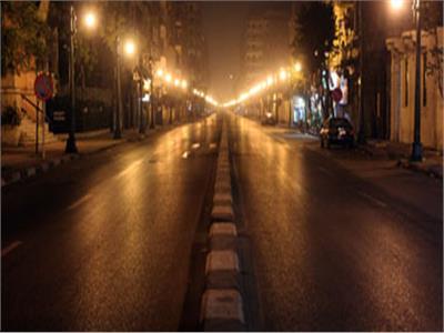 مصر تستعد لتطبيق حظر التجوال لمحاصرة انتشار كورونا