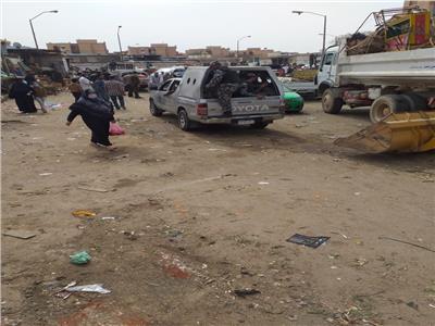 حملات لفض الأسواق العشوائية بمدينة السادات