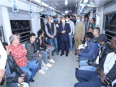 كامل الوزير وسط ركاب المترو