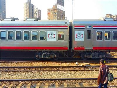 أصابة عامل سقط أسفل القطار