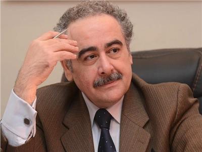 الشاعر الدكتور علاء عبد الهادي