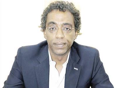 الدكتور أحمد عواض