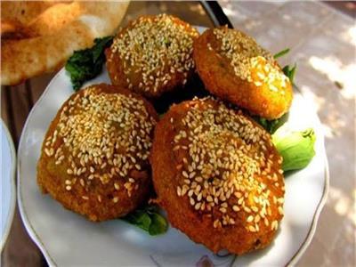 الأكلات التي تسبب الإصابة بكورونا.