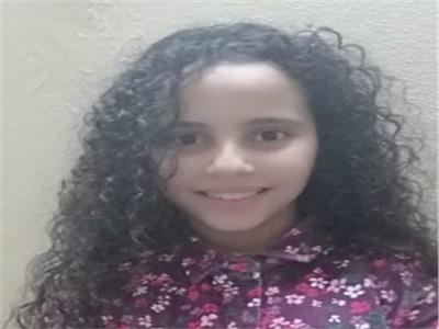 الطالبة علا عبد الحميد قويطة ابنة محافظة دمياط