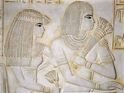 الطبيبة ميريت بتاح .. العضو النسائي الأول في الجيش الأبيض المصري