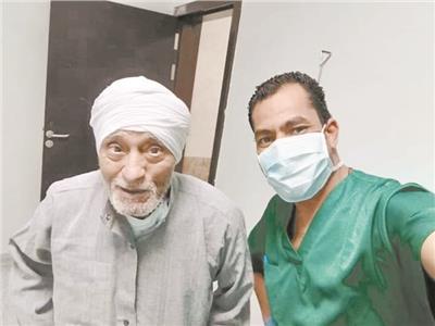 عبدالفتاح الحامدي أكبر المتعافين سنا من فيروس «كورونا»