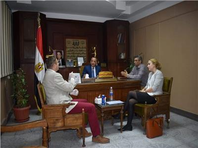 الوزيري ييلتقي سفير التشكيك بالقاهرة