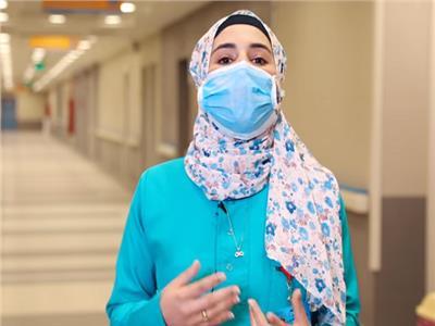 ممرضة بمستشفى العزل