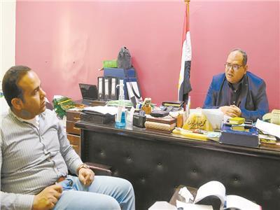 د.محمد عيد خلال حواره مع «الأخبار» تصوير جان نجاح