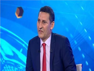 الكابتن حسين عبد اللطيف