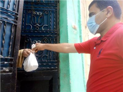 توصيل الأدوية لحالات العلاج المنزلي لمصابي فيروس كورونا