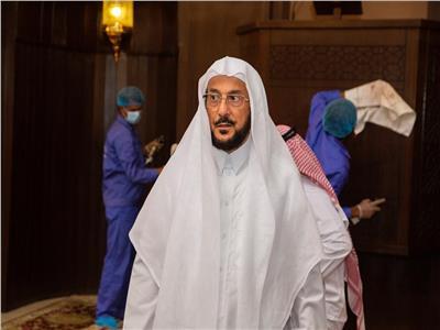 خلال تفقد وزير الشؤون الإسلامية بالسعودية بعض مساجد الرياض