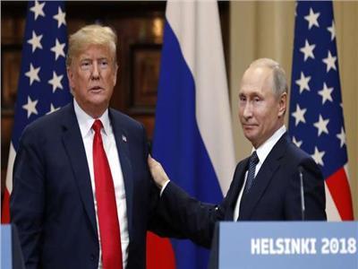 الرئيسين الروسي فلاديمير بوتين والأمريكي دونالد ترامب