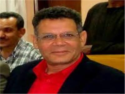 الدكتور أحمد حمزة