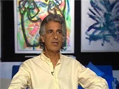 مهندس الديكور والتشكيلى الكبير الدكتور حسين العزبى