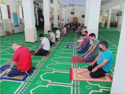شمال سيناء: التزام المصلين بالإجراءات الاحترازية في اليوم الأول لإعادة فتح المساجد