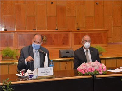 اجتماع مجلس جامعة أسيوط