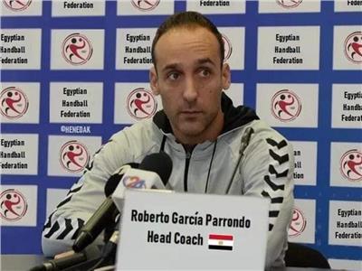 المدرب الاسباني روبرتو جارسيا باروندو