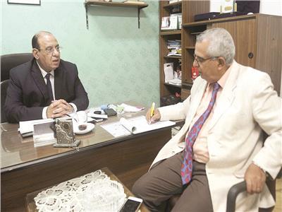 د. طلعت عبد القوي خلال الحوار