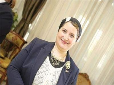 د. حنان الشاعر وكيل الكليه لشئون الدراسات العليا والبحوث