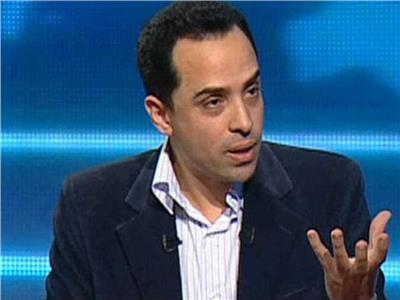 لدكتور عبدالله المغازي أستاذ القانون الدستوري