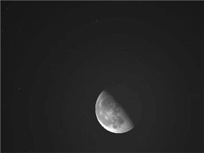 القمر قرب المريخ