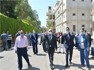 د. الخشت يتفقد لجان الامتحانات