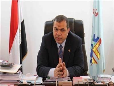 وزير القوي العاملة محمد سعفان
