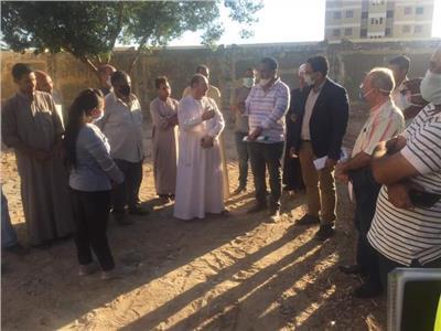 """وفد مجلس الوزراء يتابع مشروعات مبادرة """"حياة كريمة"""" بقنا"""