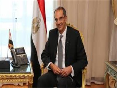 الدكتور عمرو طلعت وزير الإتصالات