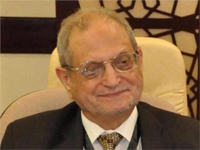 الدكتور عبدالسلام العبادي،
