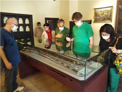 الوفد الفرنسي السياحي يزور متحف رشيد الوطني