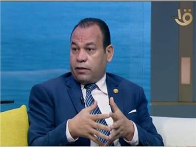 الكاتب الصحفي عبد الجواد أبو كب