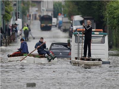 سيول مفاجئة جنوب فرنسا
