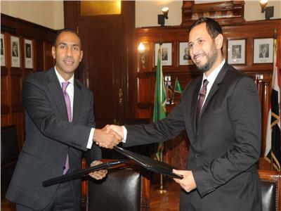 توقيع بروتوكول تعاون بنك مصر مع جامعة سيناء