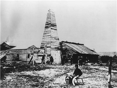 صورة تعبيرة لأحد أقدم عمليات حفر آبار البترول في العالم