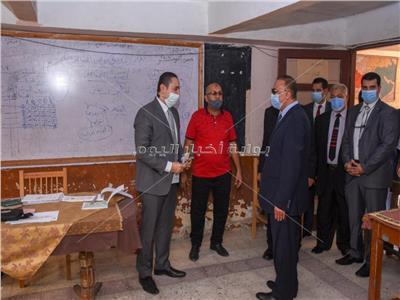 محافظ الإسكندرية يحث الشباب للإدلاء بأصواتهم