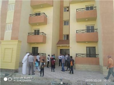 تسليم الدفعة الاولى من الوحدات السكنية للمنقولين من الشيخ زويد ورفح\