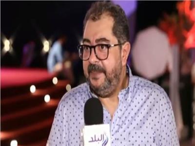 الفنان طارق عبد العزيز